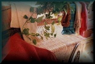 weavingbutton